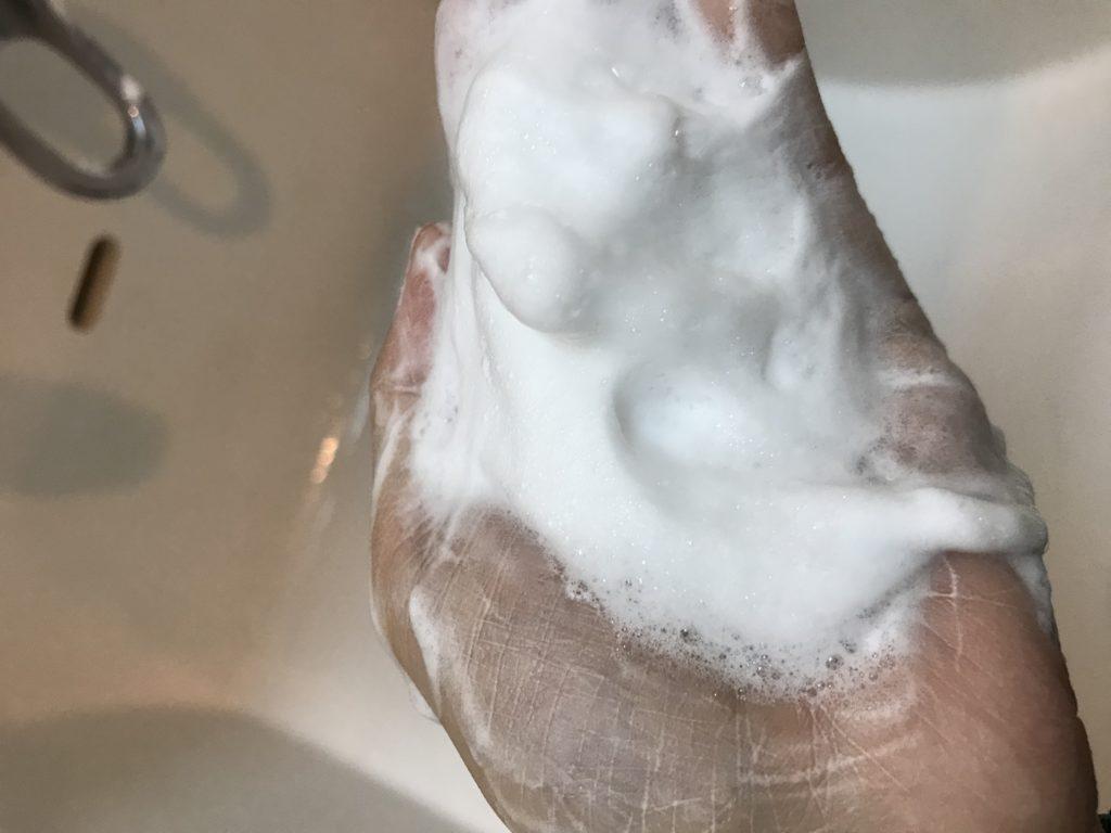 ヨーグルト洗顔乳雪花
